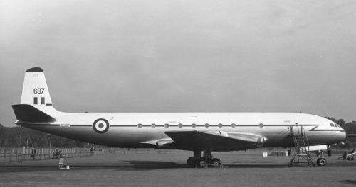De Havilland Comet DH106 , C2 XK697 (G-AMXJ)